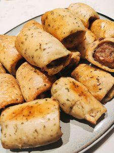 Zelfgemaakt worstenbrood